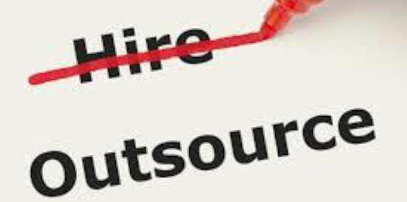 tai-sao-outsource