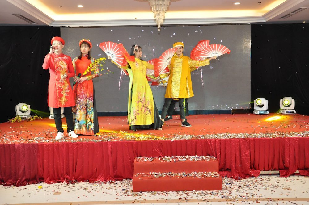 tiet-muc-van-nghe-year-end-party-2019-hcm-02