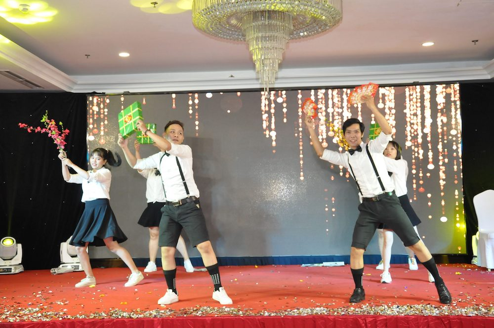 tiet-muc-van-nghe-year-end-party-2019-hcm-03
